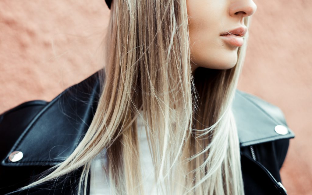What if your hormonal chin acne isn't hormonal, but irritation? This cheap, quick test could help rule it out in days. Maybe even solve it. (Buh-bye!)